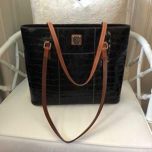 Dooney & Bourke Classic Tote Handbag